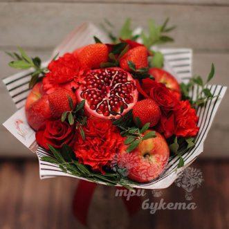 fruktovyj-buket-s-cvetami